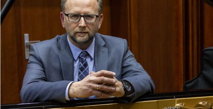 """Z dyr. Januszem Ostrowskim o Międzynarodowym Forum Pianistycznym """"Bieszczady bez granic..."""""""