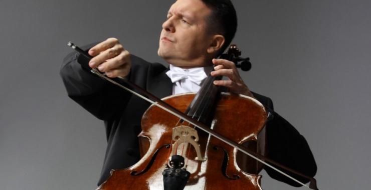 Wszyscy rozumiemy muzykę i to jest jej wielka siła - mówi prof. Tomasz Strahl