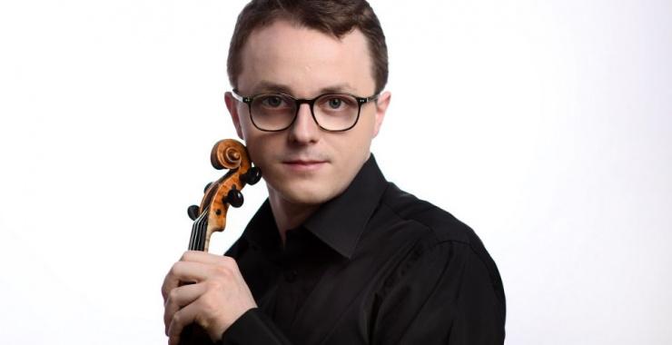 Z Szymonem Naściszewskim nie tylko o skrzypcach